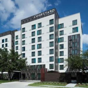 Courtyard by Marriott Houston Heights/I-10 in Houston