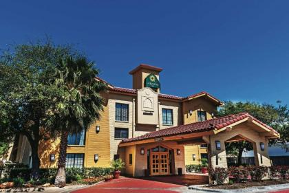 La Quinta Inn by Wyndham Houston Cy-Fair - image 1