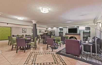 La Quinta Inn by Wyndham Houston Cy-Fair - image 6