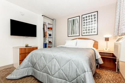 InTown Suites Extended Stay Houston/Highway 6 - image 1