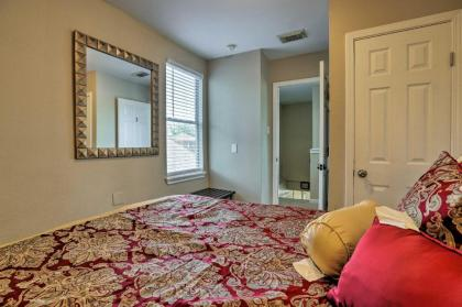 Spacious Apartment Near Downtown Houston and UH - image 15