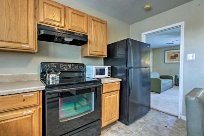 Spacious Apartment Near Downtown Houston and UH - image 2