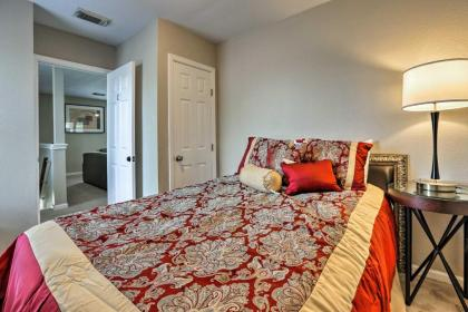 Spacious Apartment Near Downtown Houston and UH - image 4